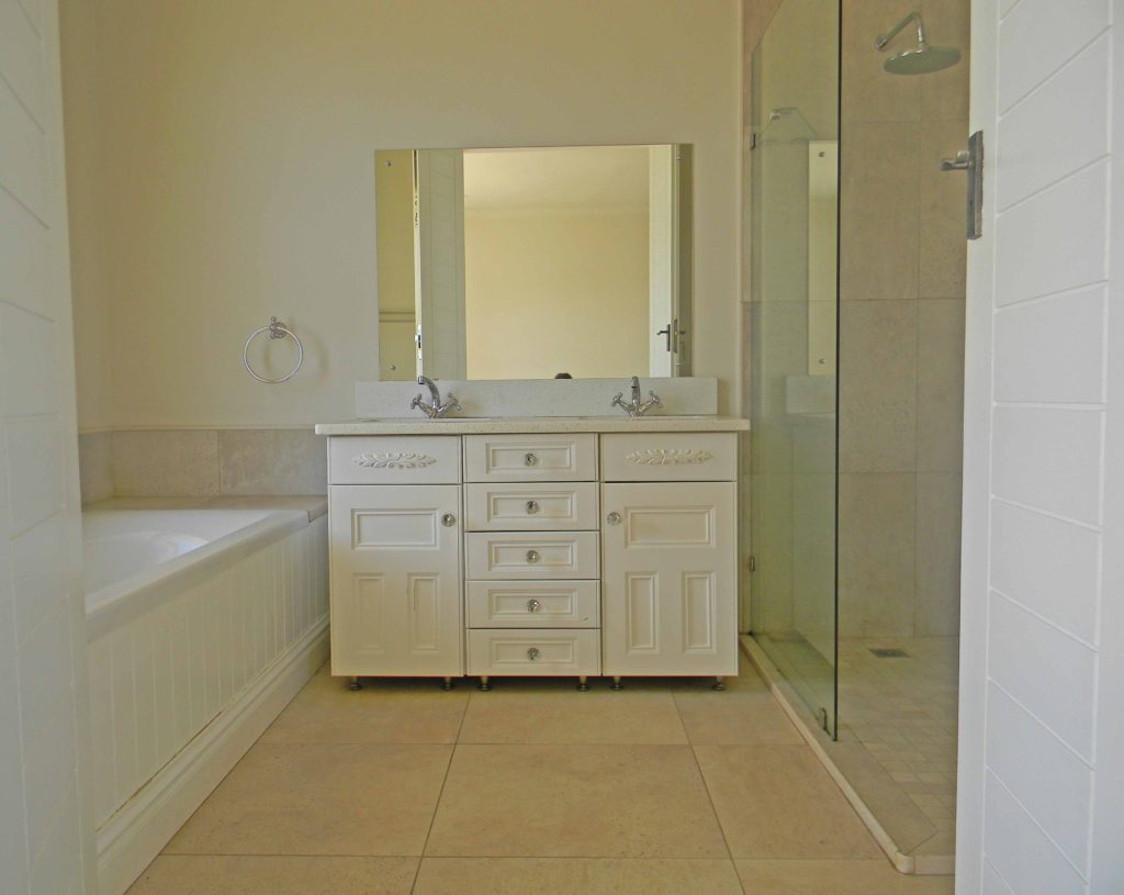 bathroom cabinets kzn - Bathroom Cabinets Kzn