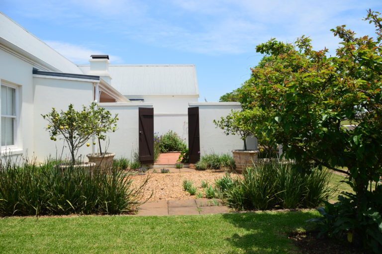 majestic-north-east-facing-house-for-sale-garlington-estate-contemporary-kzn