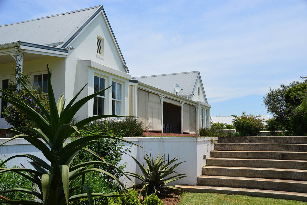 majestic-north-east-facing-house-for-sale-property-sales-garlington-estate-development-farm-hilton-midlands-kzn