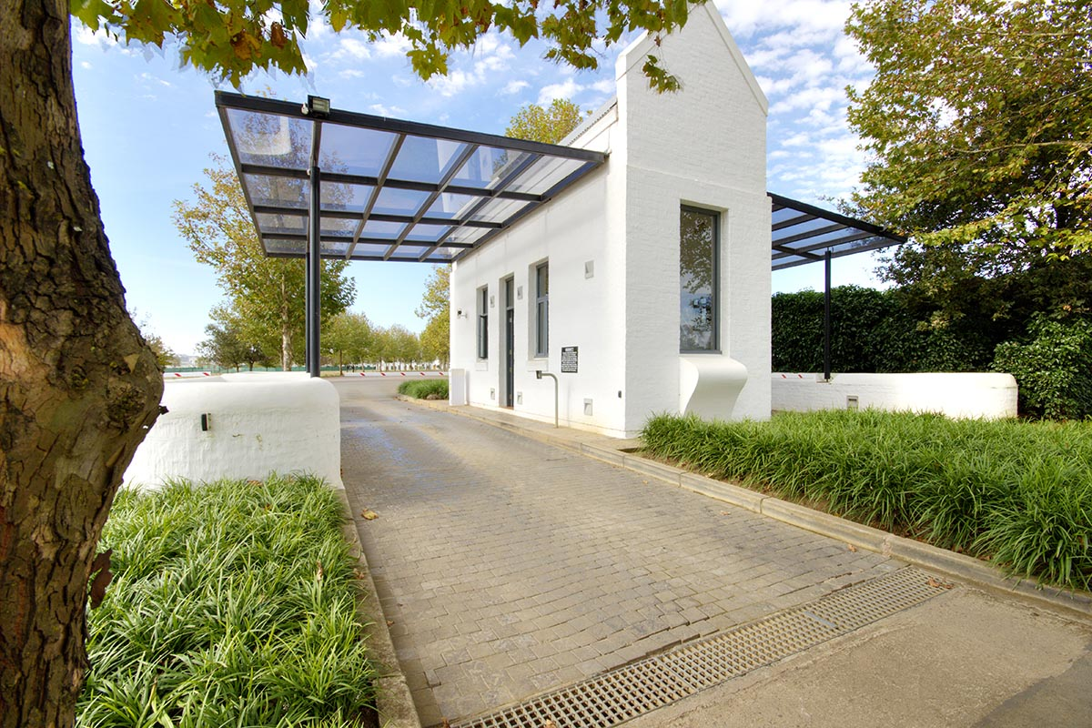 pristine-penthouse-rent-garlington-estate-development-farm-lifestyle-midlands-meander