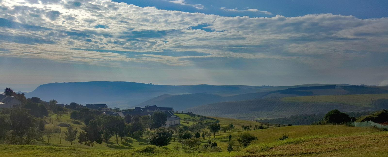 sweeping-views-water-dam-beautiful-views-mountains-classy-stylish-premium-tennis-golf-garlington-estate-kzn-midlands-housing-countryside-country-farm-secure-hills