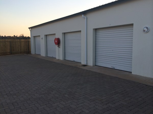 double-garage-for-rent-luxury-gated-country-living-estate-development-hilton-kzn-apartments-midlands-garlington-estate