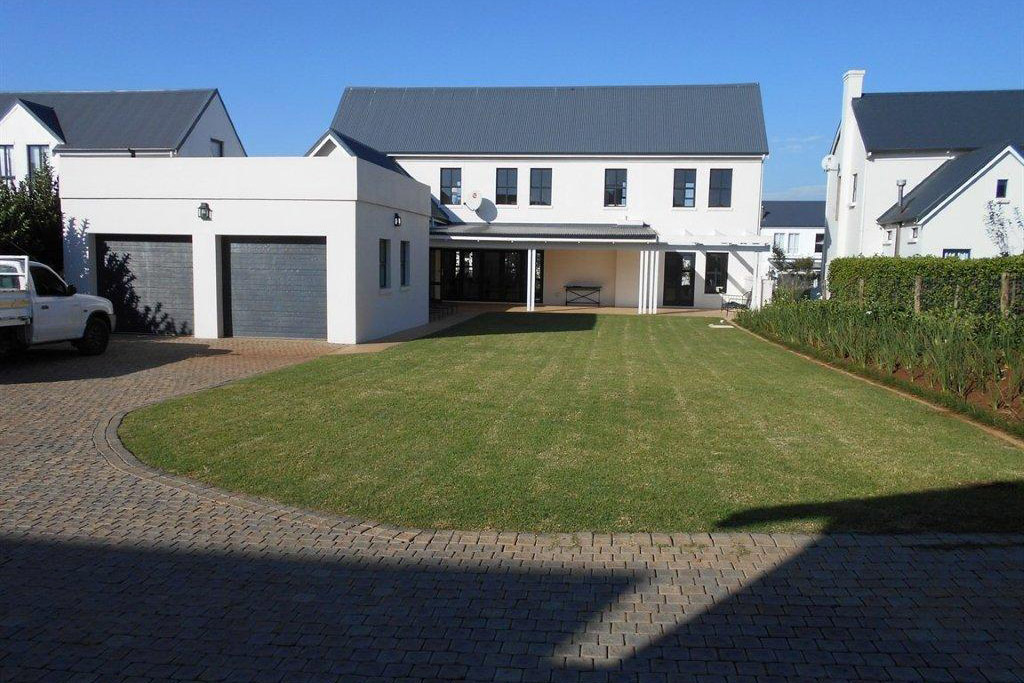 idyllic-3-bedroom-house-for-sale-property-sales-garlington-estate-development-farm-hilton-midlands-kzn