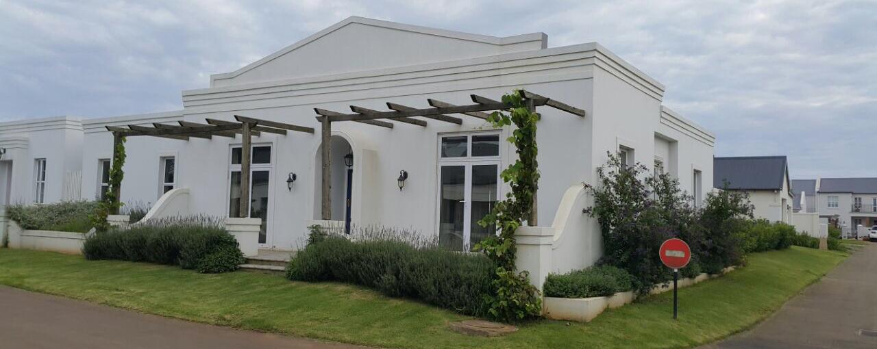 entertainers-dream-house-garlington-estate-luxury-rentals-apartments-property-sales
