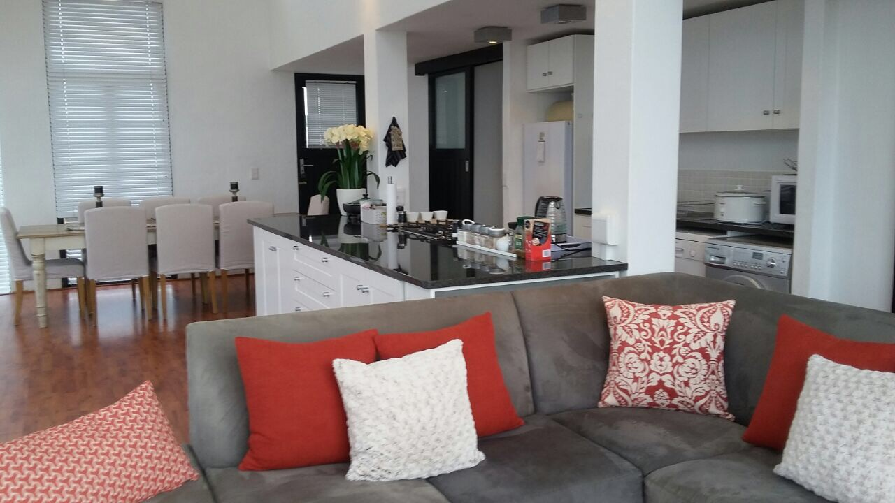 pristine-penthouse-now-available-for-rent-garlington-estate-secure-complex-contemporary-kzn