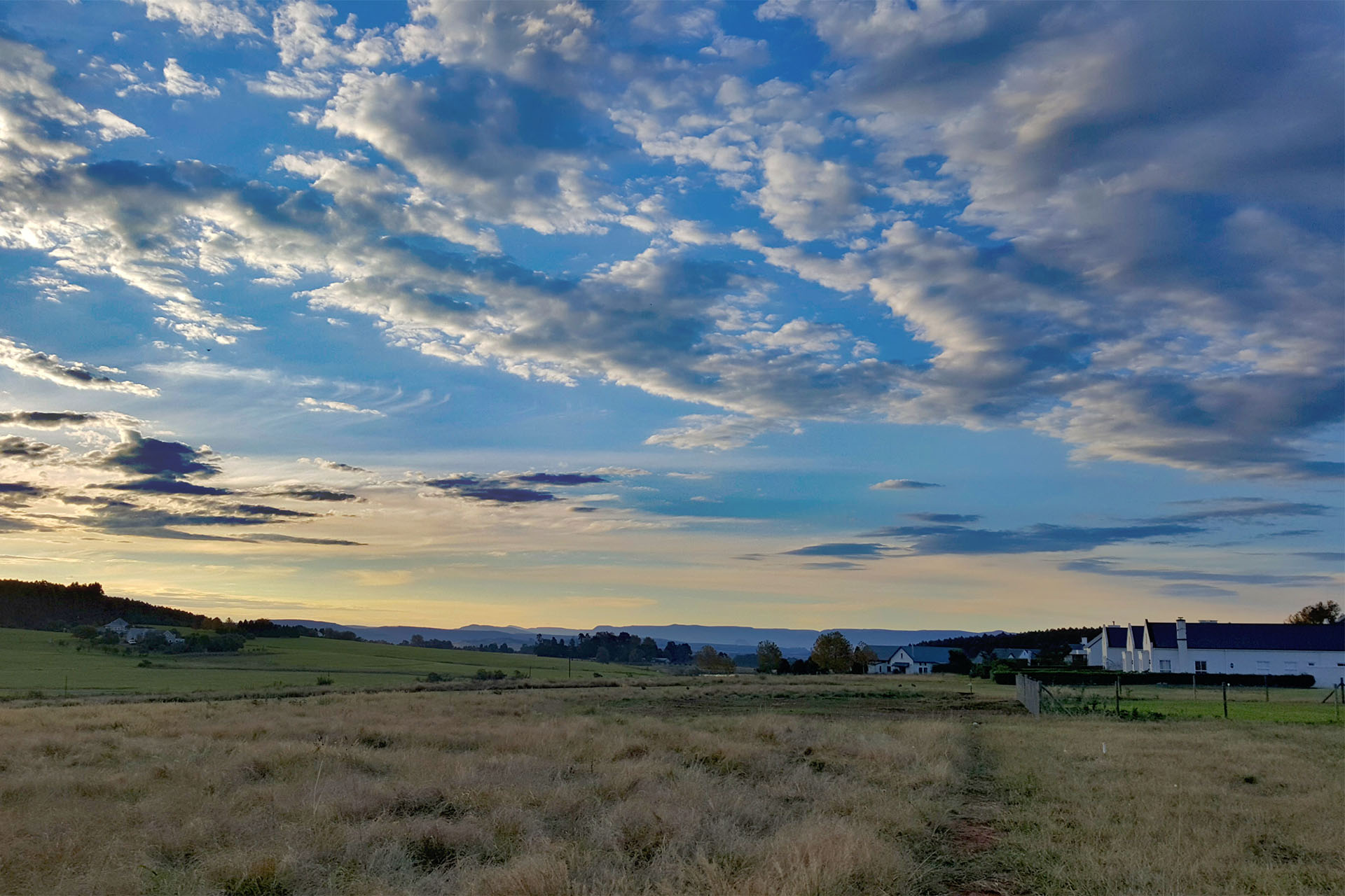 amenities-rockjumper-birding-birds-garlington-estate-luxury-country-development-hilton-kzn-midlands-contemporary-countryside-farm