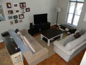 garlington-estate-luxury-sales-rentals-apartments-perfect-family-apartment-available-rent-living-room