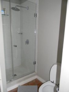 garlington-estate-luxury-sales-rentals-apartments-perfect-family-apartment-available-rent-shower