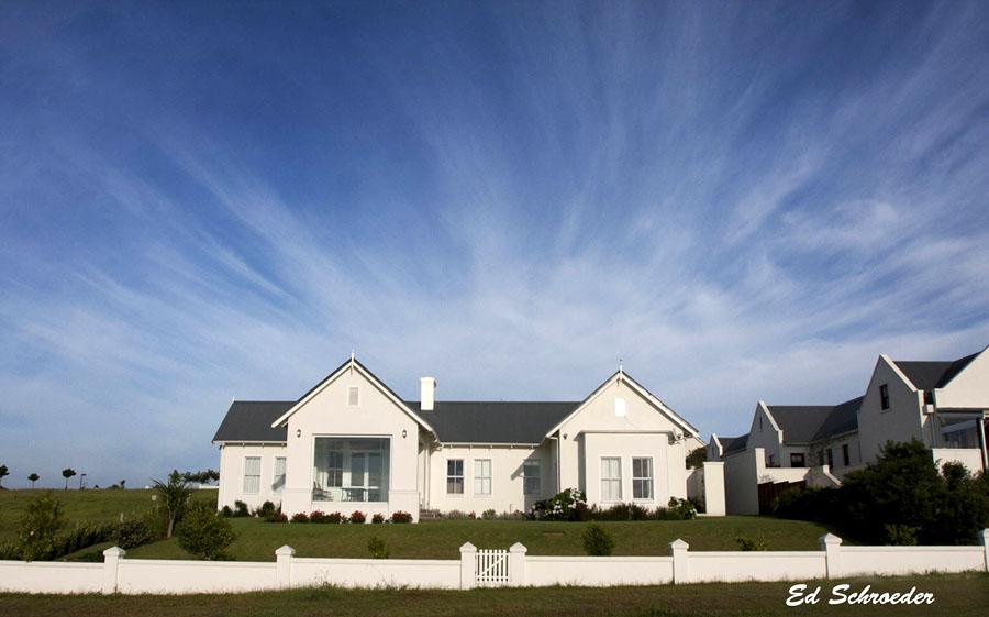 intermediate-properties-development-garlington-estate-apartments-midlands-country-meander-secure-complex-kzn